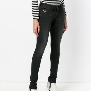 🌼 NWT Diesel Slandy-Low black jeans